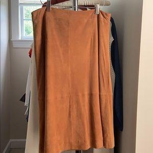 Ann Taylor caramel / russet A-line suede skirt 8